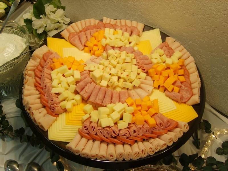 колбасно-сырная нарезка