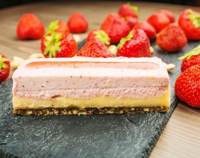 Клубничный десерт «Феерия»